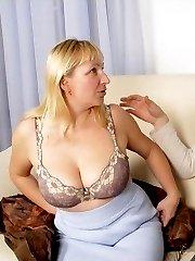 Pretty mom licking peckerbr