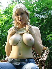 Pale skined beauty with big natural hangers