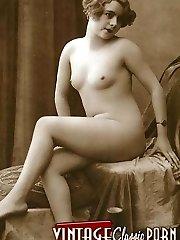 Vintage bare babes posing