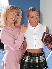 Retro schoolgirls shagging