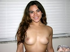 Warm And Spicy Latina Babe Modeling Nude - Keilani Model