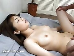 Japanese fellow licking supah hairy pussy