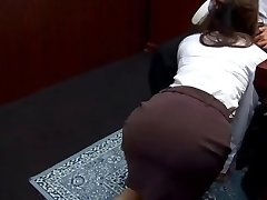 Office tart Ibuki gives head