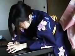 048 Kimono Lady&#039_s Discipline - Slapping