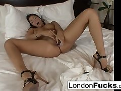 London Keyes in London Keyes All Dolled Up And Wonderful With A Onanism - LondonKeyes