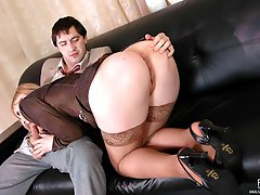 Salacious chick seducing her co-worker into ass-fucking during lunch break