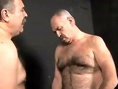 Luiggi and Mysteri man pummel