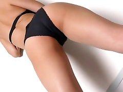 מיו-ריקוד - בגד גוף נוצץ שאינו עירום