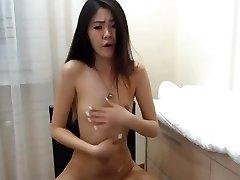 sexy korean girl rockets on cam