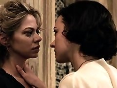 Analeigh Tipton and Marta Gastini in all girl hook-up scenes