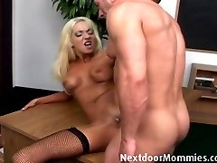 Blonde mature mom takes it anal