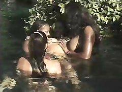 Kira & Champane Pendavis