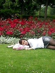 Kinky Korean teen takes nude photos of self