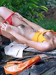 Thai Cuties - Sandy Ari