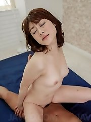 Maki Sarada Chinese deep-throats hard penis before is deeply screwed by it