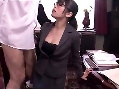 Japanese office dame oral job service