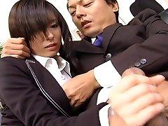 Assistant slut Satomi Maeno blows manstick uncensored