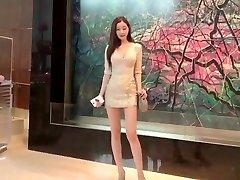 韓国の女神YUN SARANG