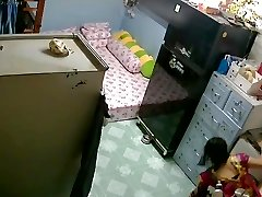 Unsecured Security Camera- Mummy & Daughter after Tub