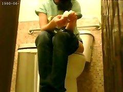 Korean rapid food employee covert cam bathroom