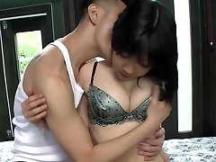 Uncensored pale Japanese AV starlet Airi Minami in bungalow