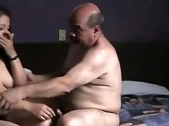 Indian prostitude chick fucked by oldman in motel room.