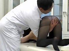Medical voyeur web cam shooting Asian cutie boinked by doc AJAV0999718366 02