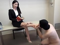 siren thorn feetjob with cumshot all over toes