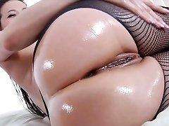 incrível asiática ninfeta com fabuloso arredondado bunda kalina ryu é assim em sexo oral