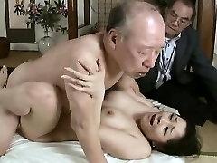 hardcore vovô fode uma garota menina