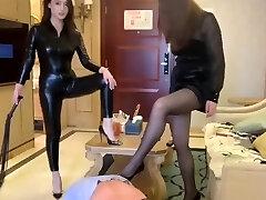 two mistress trampling foot slave å