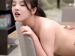 linda rapariga asiática