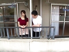 a mulher japonesa traiu o vizinho