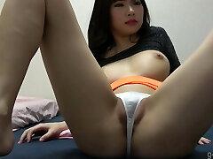 yuuna ishikawa melões adolescentes e fio dental