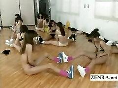 Legendado bizarro metade Japonesa nua aula de aeróbica