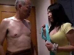 3 meninas peitos grandes de festa com shigeo tokuda e amigos :d