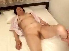 japonês avó mizuki yoshino - cena 3