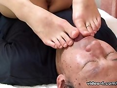 Miku Sachi in Miku Sachi always comes back a favor to a stud who satiates her - AviDolz