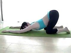 O Wii Fit Trainer Yoga japonês de cosplay girl