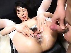 Asian Amateur Drizzling Sex