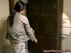 Japanese Cougar has wild sex free jav