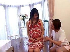 Asian nurse takes care of her Preggie patient