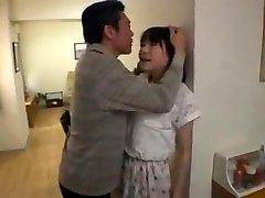 jeune salope japonaise soumise baisee bf pere pervers
