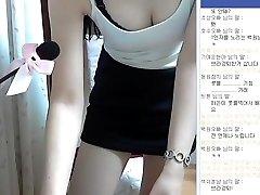 Korean girl super cute and perfect assets flash Webcam Vol.01