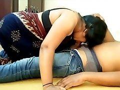 Indian Big Boobs Saari Gal Blowjob and Munching BF Cum