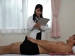 Super super-sexy Japanese nurses sucking