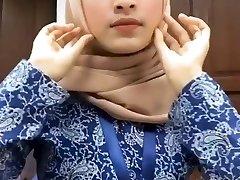 Hot Splendid Malay Hijab