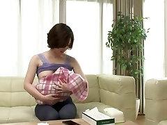 Honjou Yuka - NTRD-047 Do you like a young mother with knocker milk ?