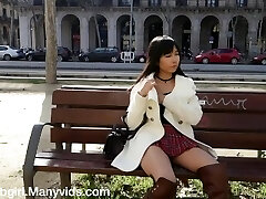 Public Flashing and Getting Off in Crowded City - Littlesubgirl