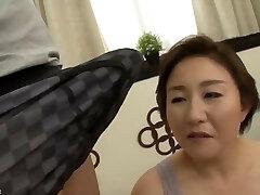 Uber-sexy Mom Japanese fucked